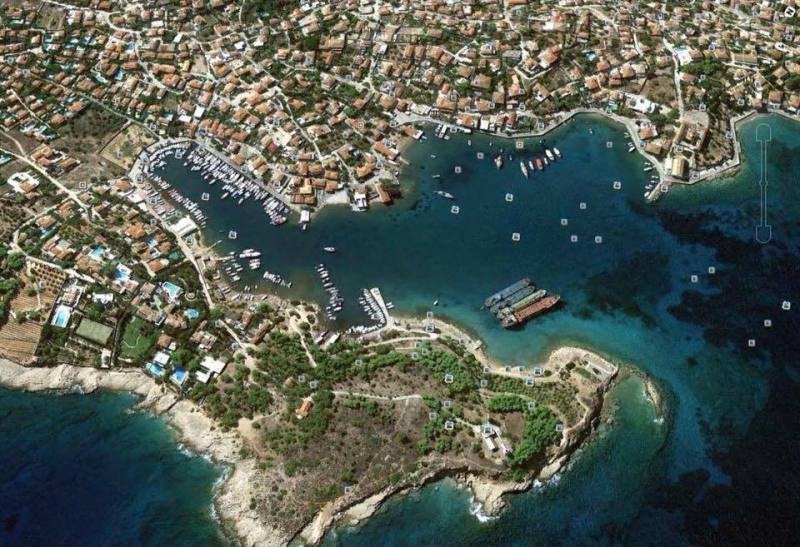 Geography of Spetses Island Greece